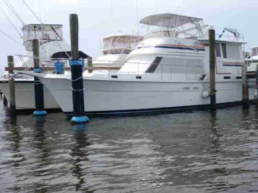 $119,000 Used 1985 Gulfstar 44 Motor Yacht