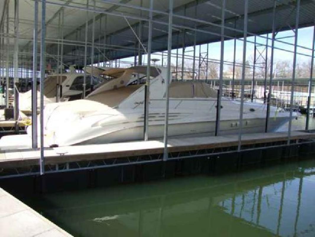 $134,000 1997 Sea Ray 45 SUNDANCER
