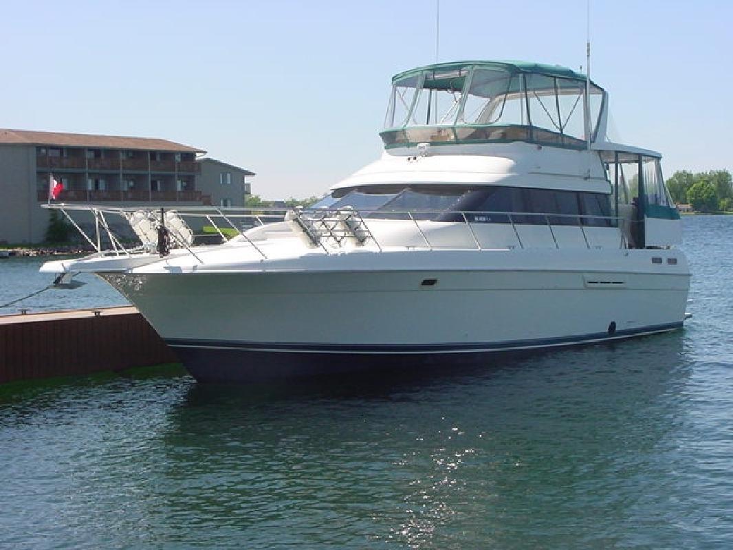 1993 46' Silverton 46 Motoryacht in Alexandria Bay, New York