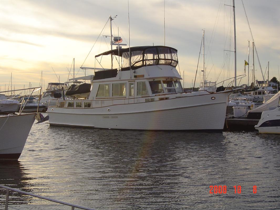 1990 49' Grand Banks 49 Classic Trawler in Cataumet, Massachusetts