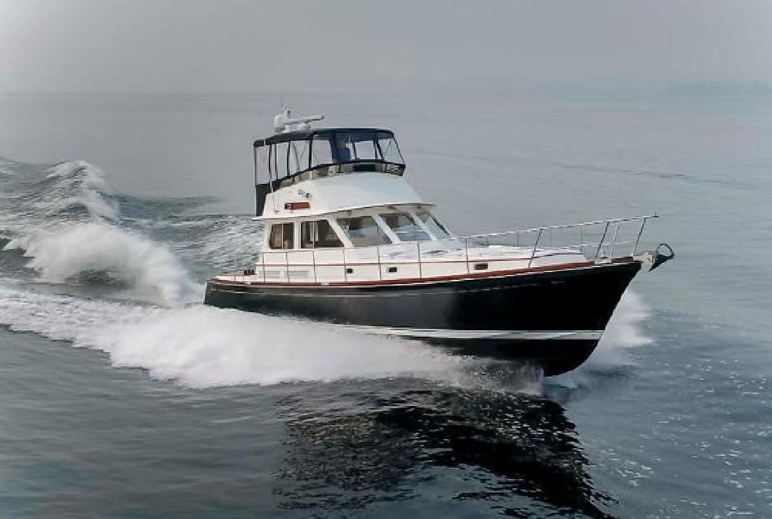 2007 Alden Flybridge Express 49 Seattle WA