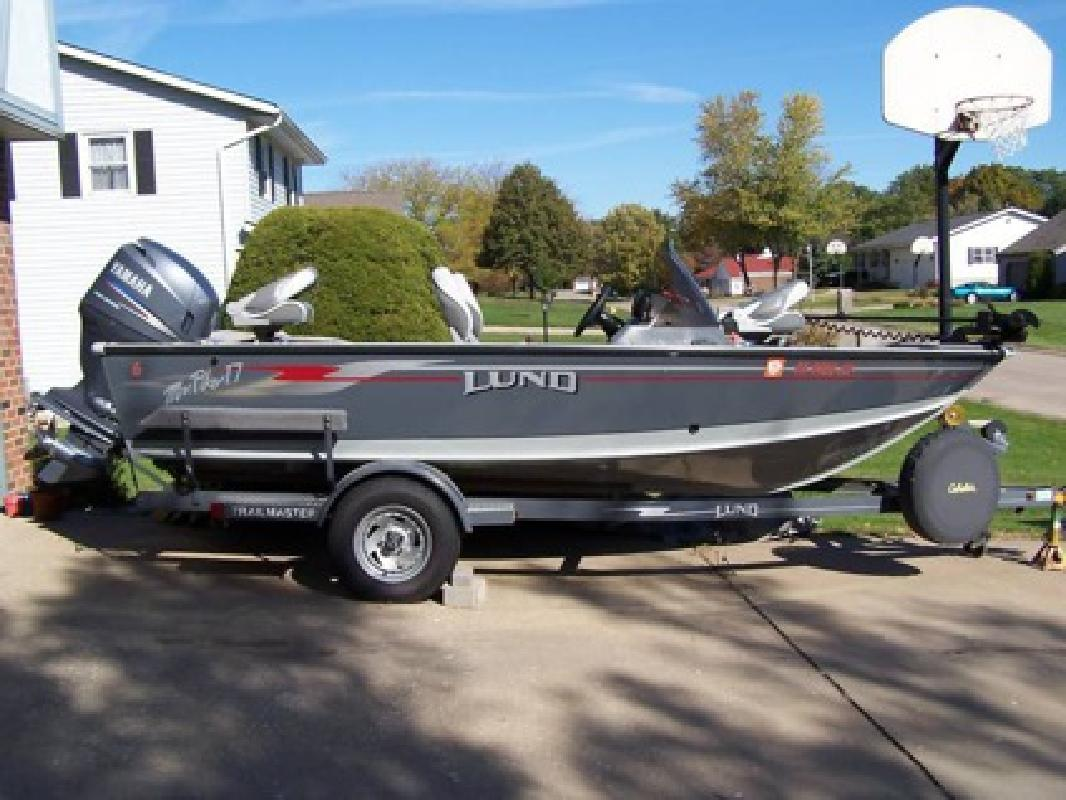 $3,820 2004 Lund Mr.Pike with 115hp Yamaha 4stroke and trail master trailer