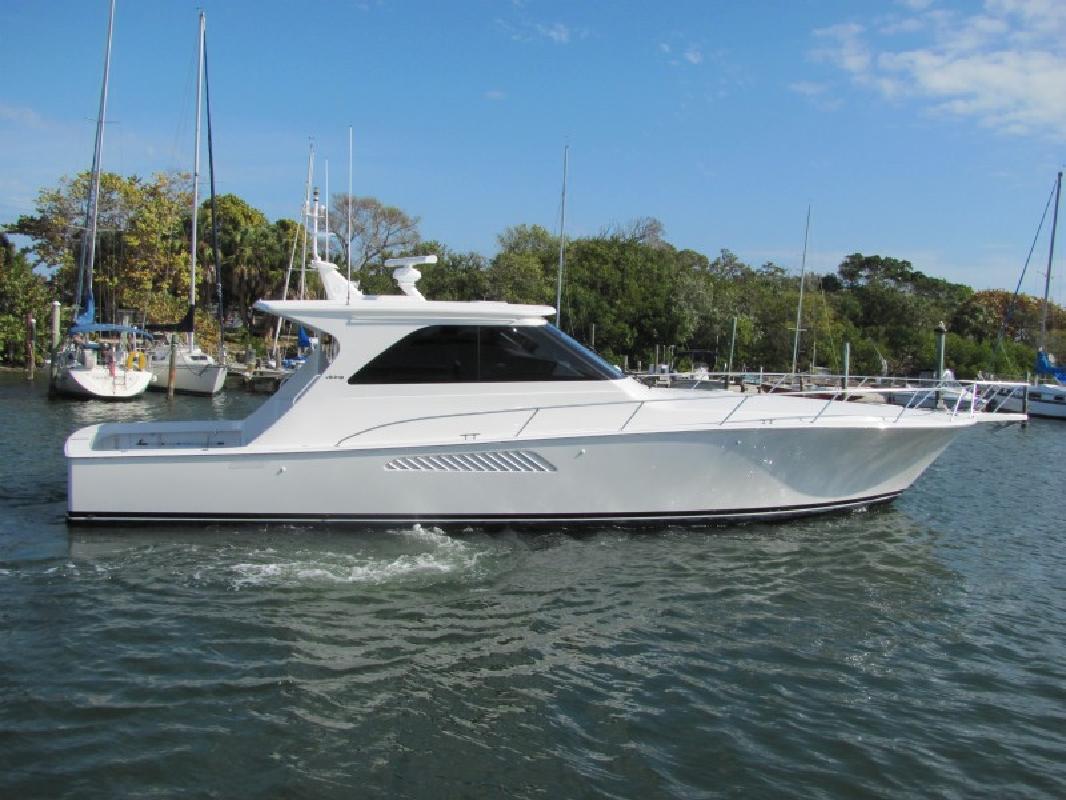 2010 52' Viking Yachts 52 Sport Yacht