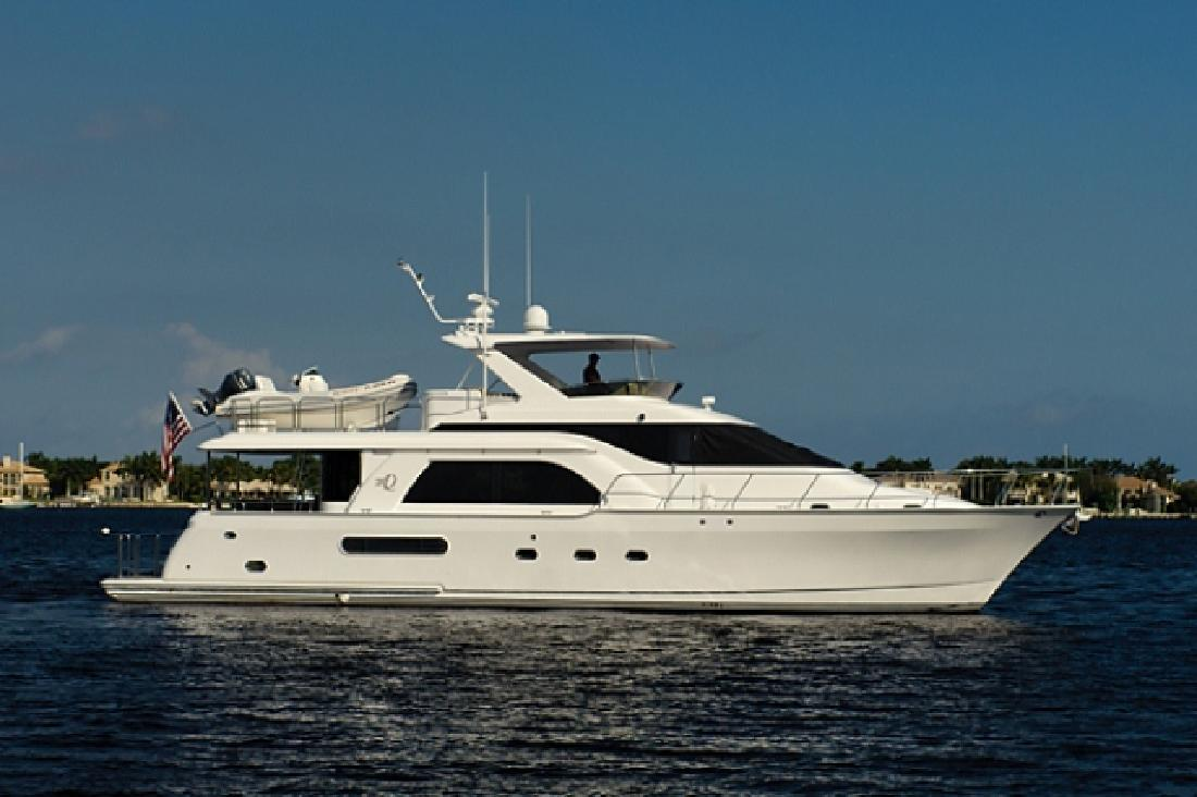 2001 64 39 queenship 64 motor yacht for sale in north palm for Palm beach motor yachts for sale