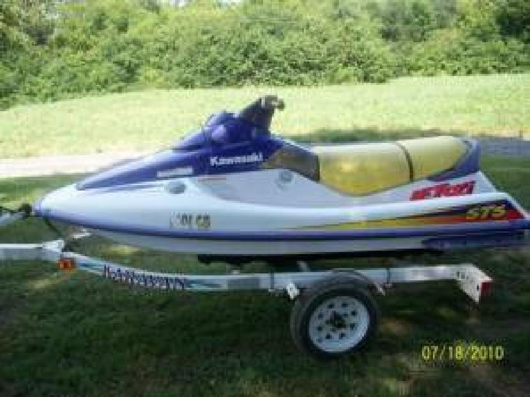$499 $499 3 Person, 1996 Kawasaki Sts 750 Jet Ski. Starter Broke. (Buford)