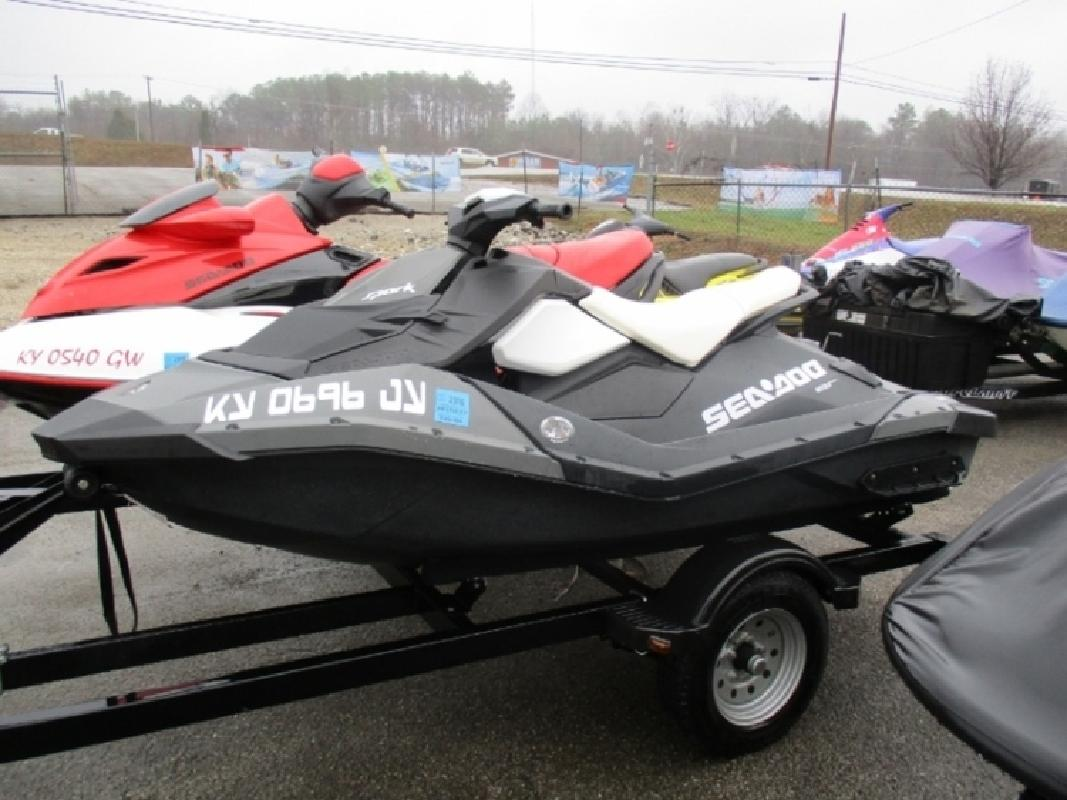 2014 Sea-Doo Spark 2up ROTAX 900 HO ACE Convenience Package