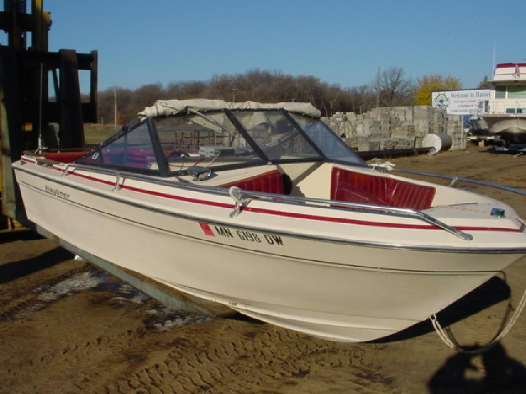 1978 - Bayliner Boats - 2000 Admiralty BR in Lake City, MN