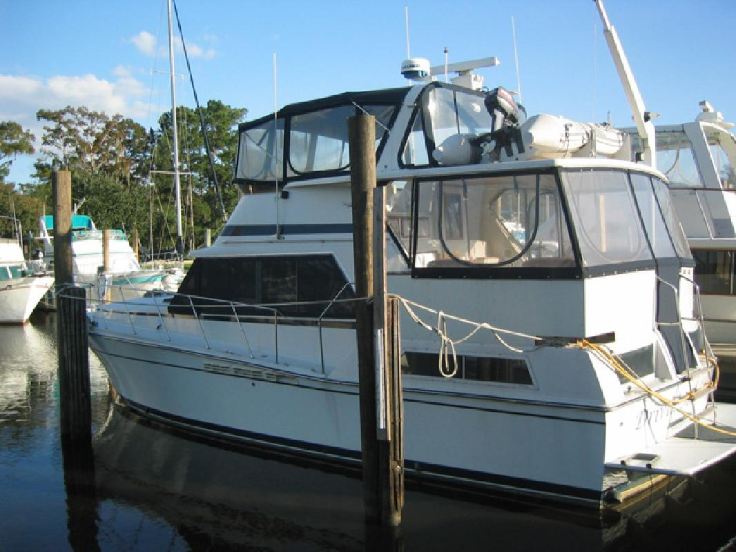 1984 42' uniflite aft cabin in mandeville, louisiana