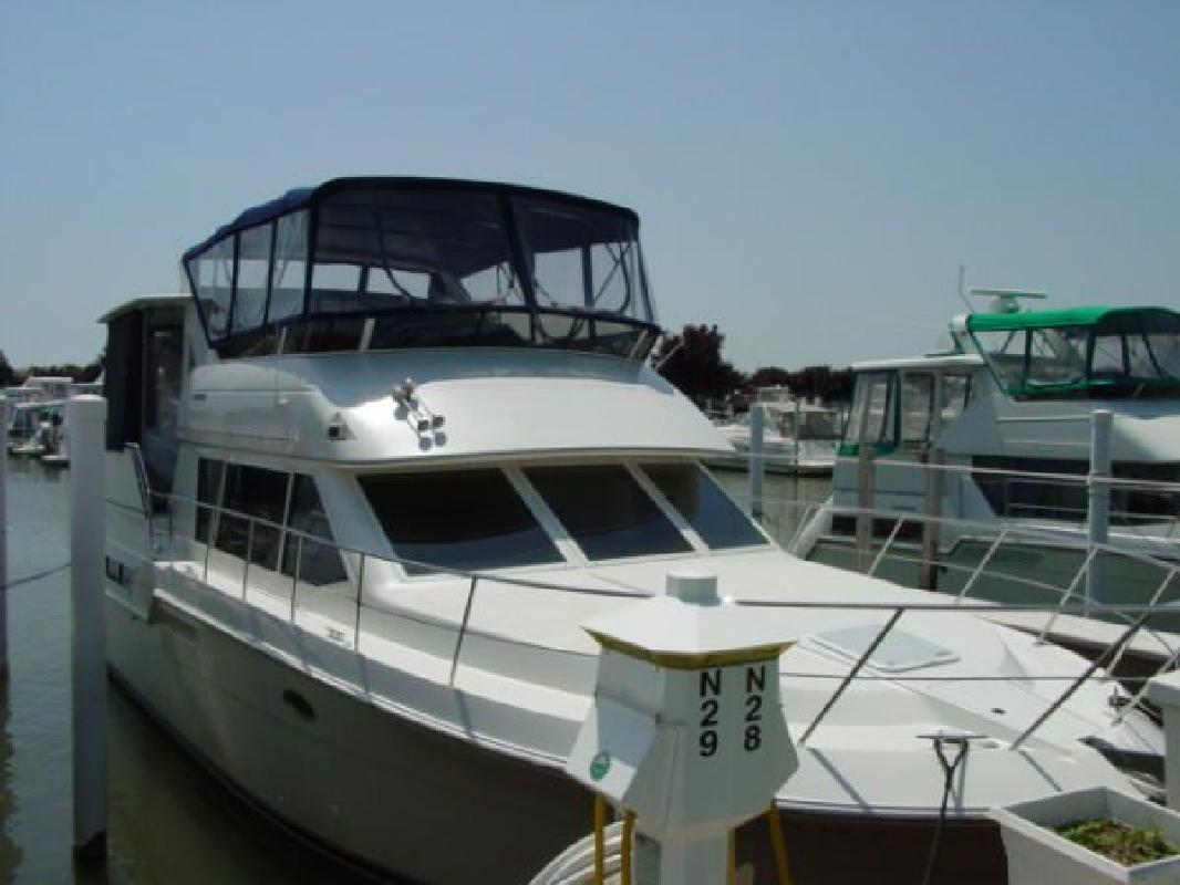 1997 40 39 Carver 405 Aft Cabin Motor Yacht For Sale In