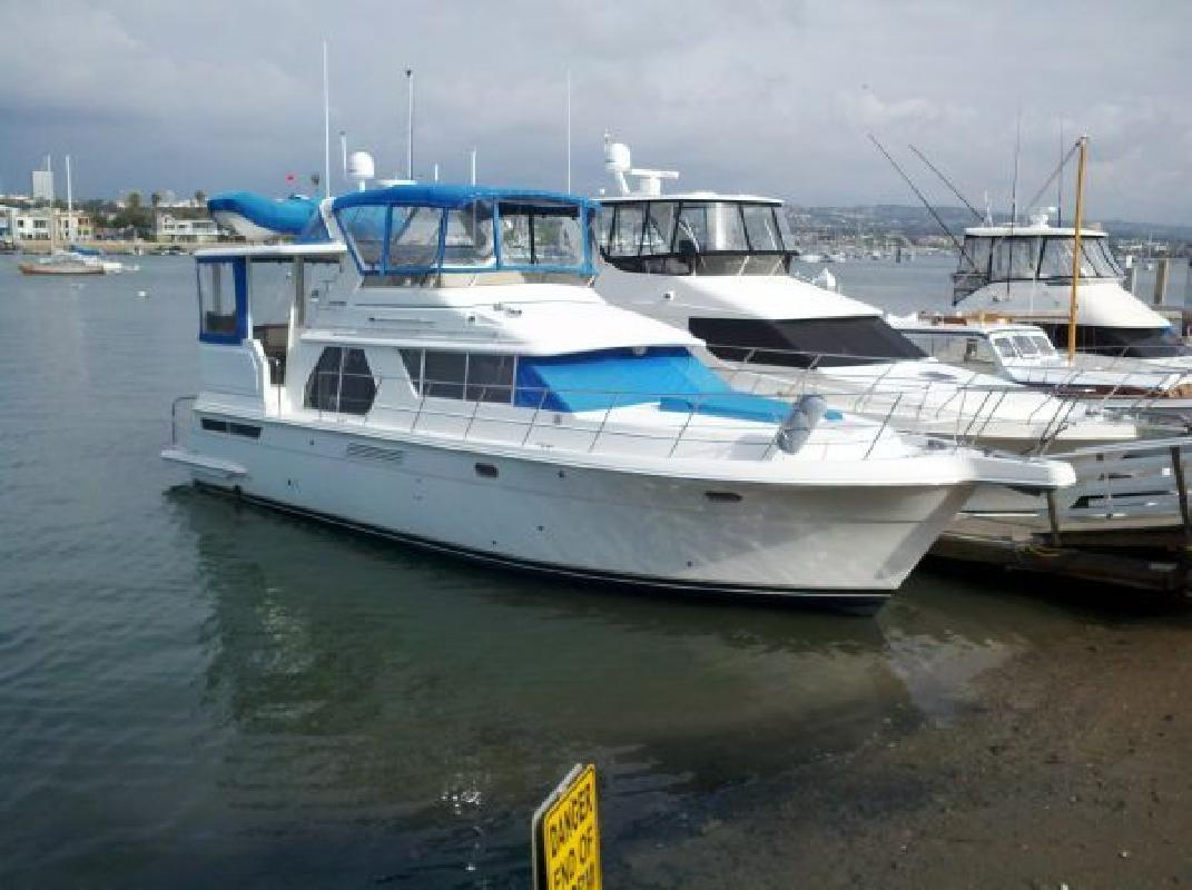 1999 44 39 Carver 445 Aft Cabin Motor Yacht For Sale In