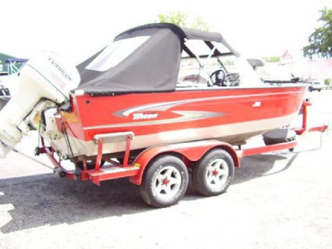 $17,995 2005 Triton 18' Fish-N-Ski Aluminum Bow Rider