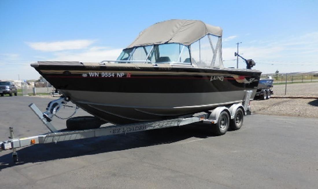 Лодка lund 2150