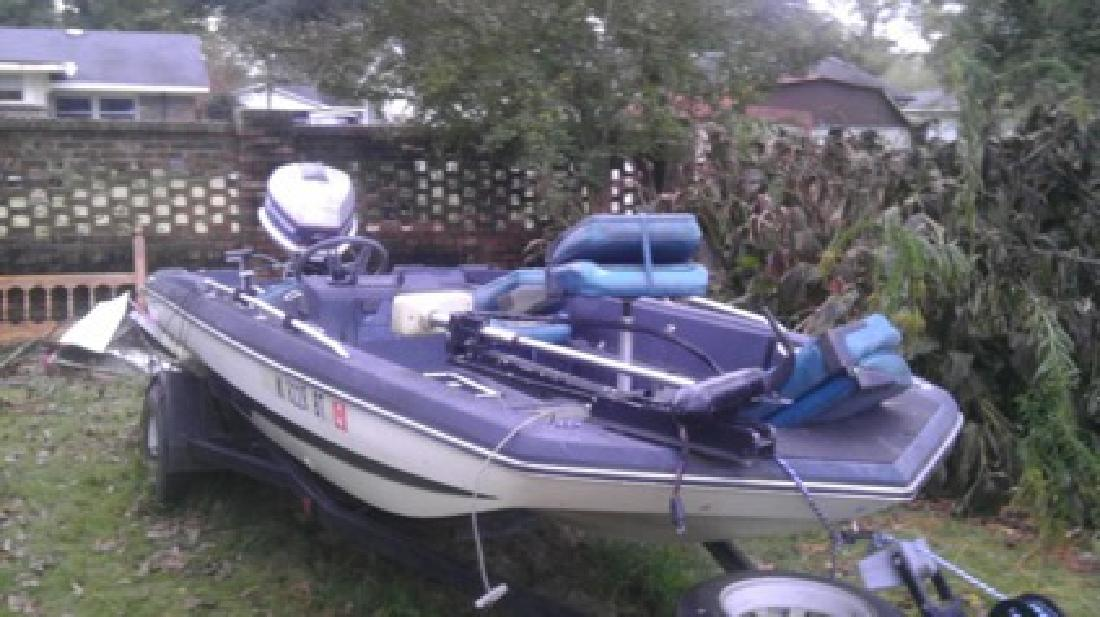 3 500 obo 15 ft gator solutions bass boat and trailer for sale in