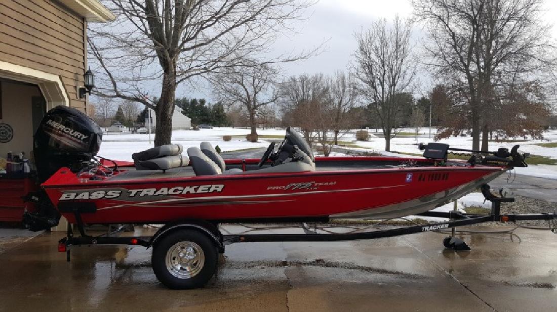2015 Bass Tracker Pro Team 175 TXW bass boat LOADED in