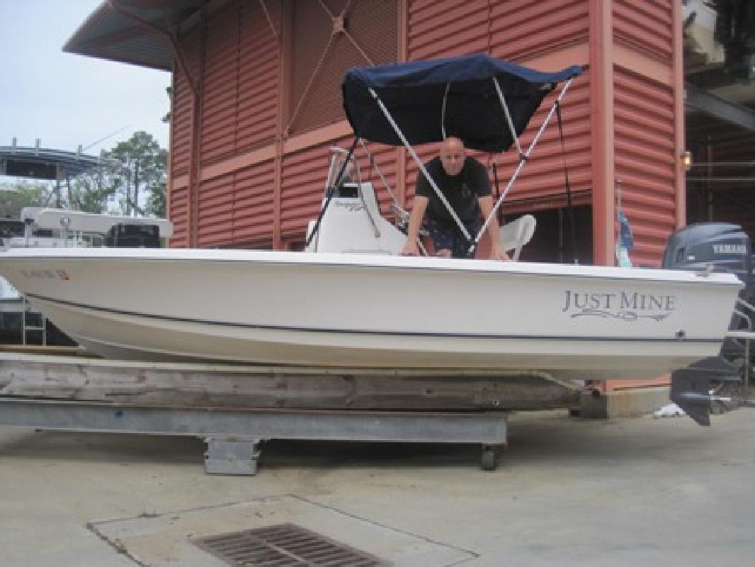 $14,995 2007 Sea Hunt Navigator 19 CC Bay Boat / Yamaha 115hp 4st