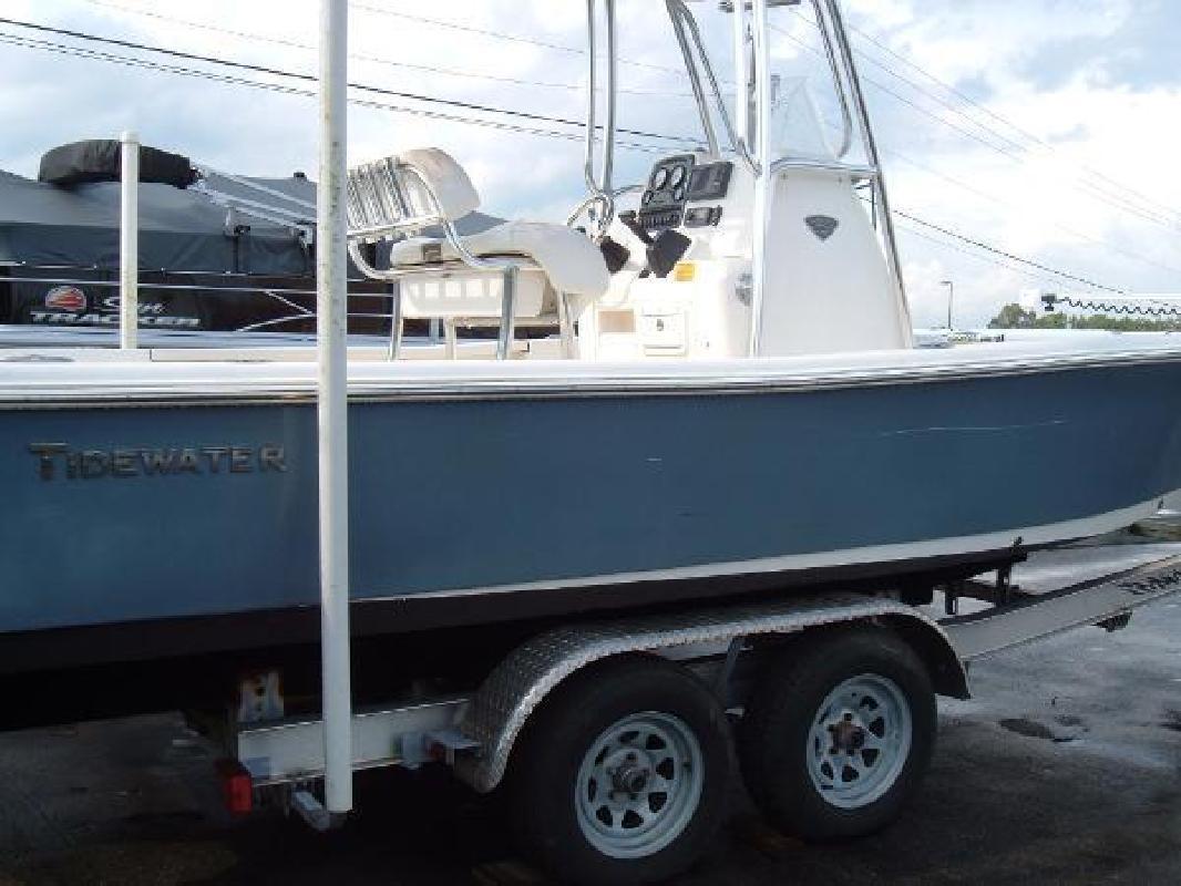 2014 Tidewater 2200 CAROLINA BAYCC Pulaski VA