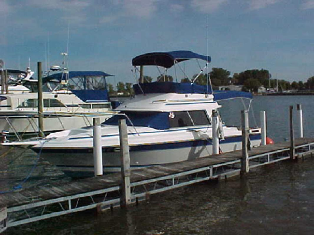 Bayliner boat listings in mi for Fish express kalamazoo