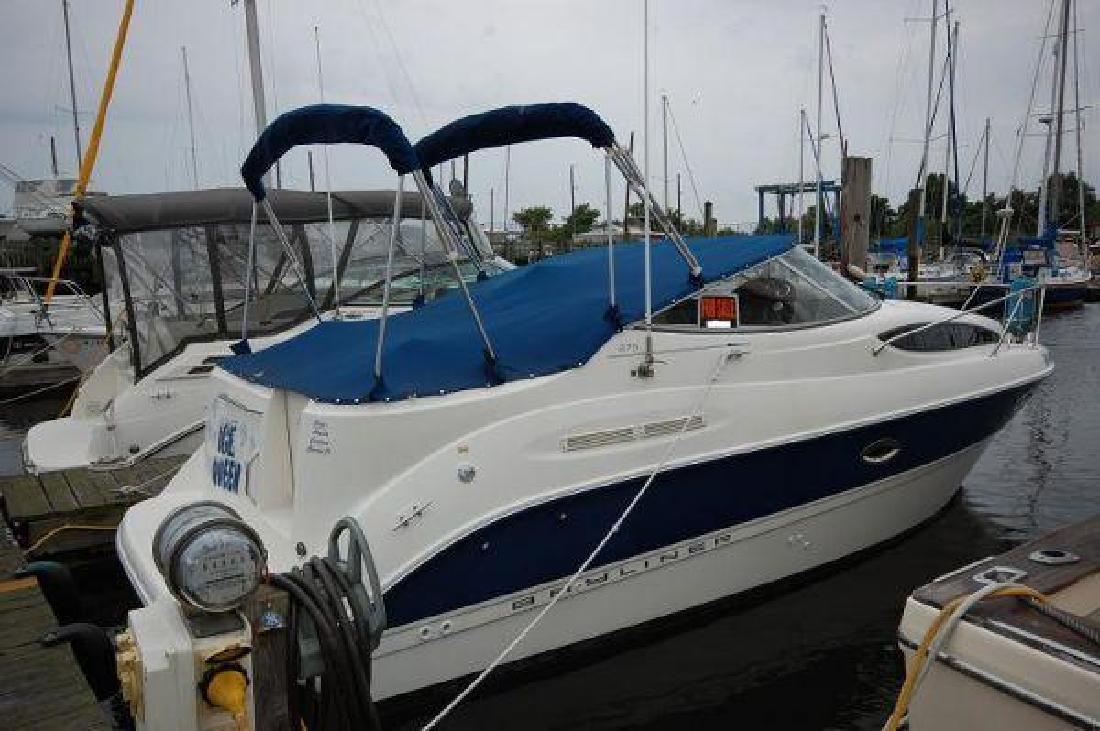 2005 27' Bayliner 275