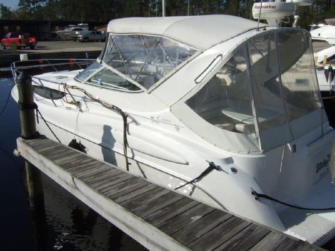 1999 30' Bayliner 3055