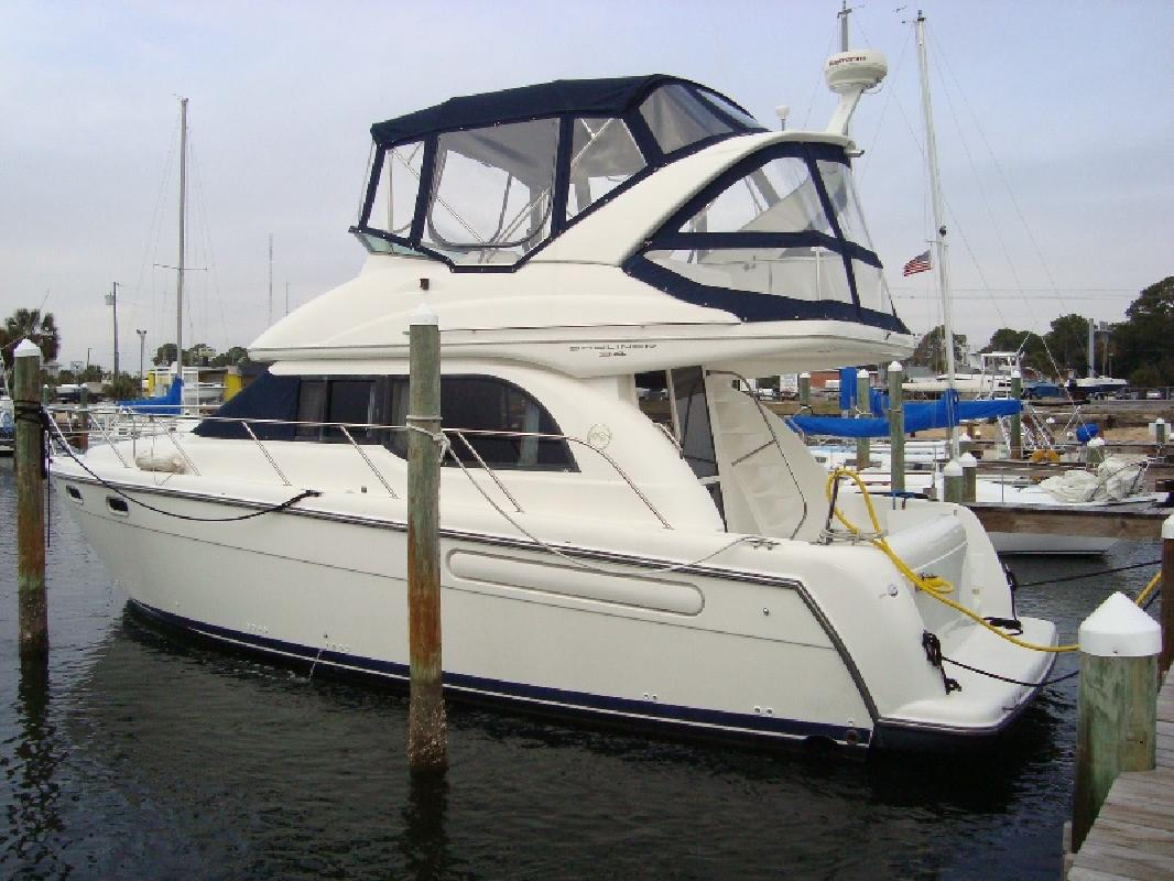 2001 35' Bayliner 3488 for sale in Mary Esther, Florida | All Boat Listings. ...