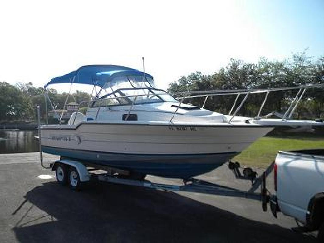 1991 23' Bayliner Trophy for sale in New Port Richey