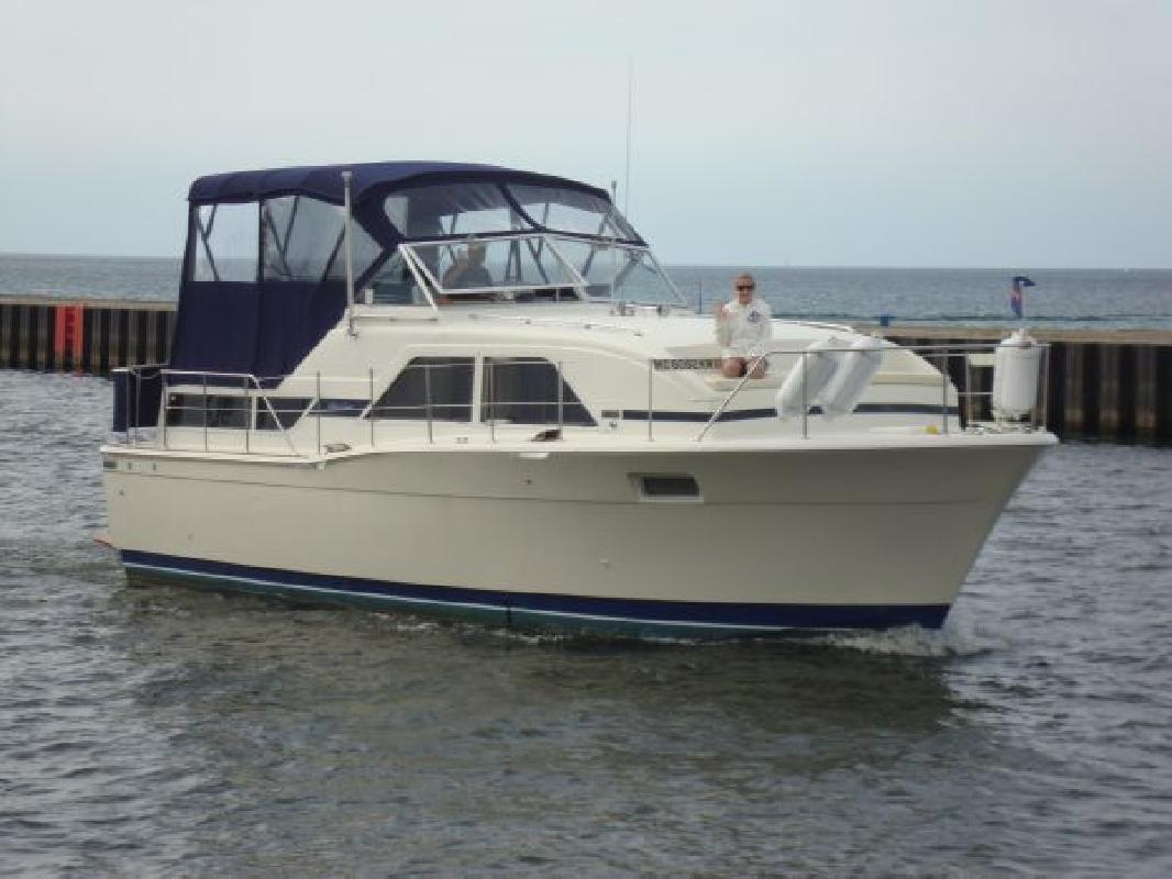1978 Chris-Craft Catalina Benton Harbor MI