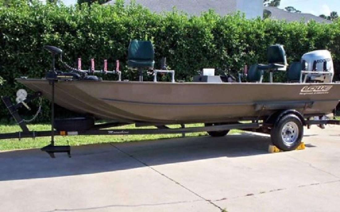 $2,590 2001 Lowe Roughneck The Best fishing boat