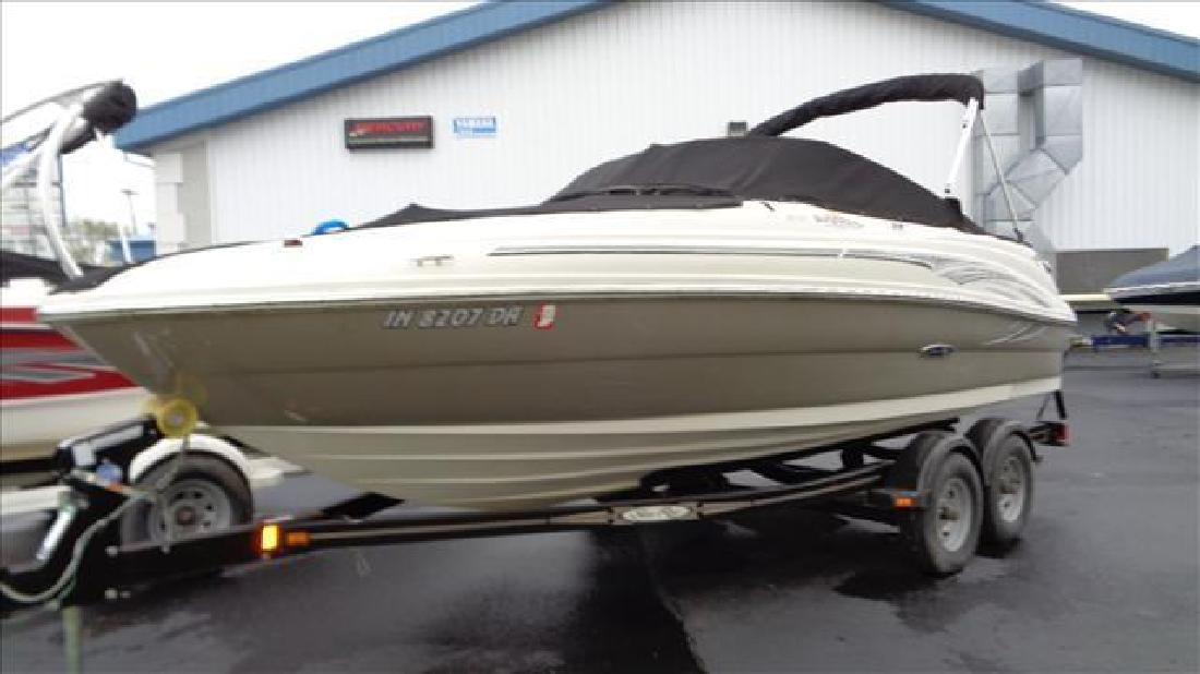 2006 Sea Ray Boats Sport boat 200 Sundeck Syracuse IN