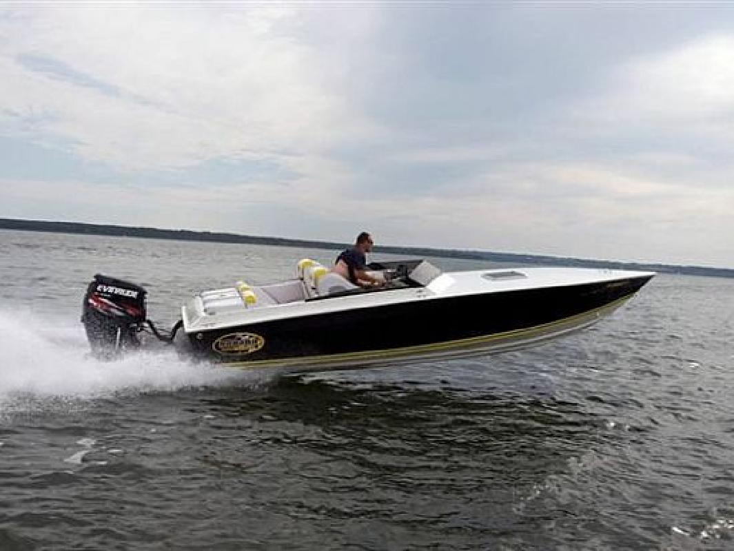Banana | New and Used Boats for Sale