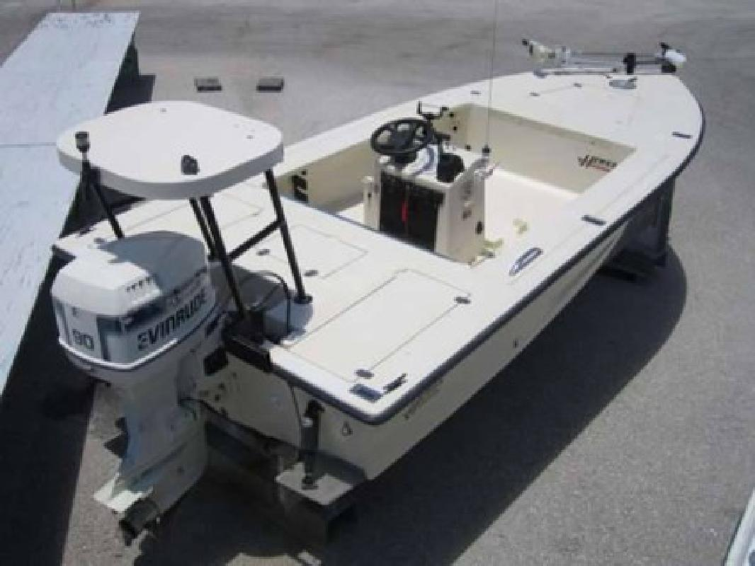 $9,999 Used 1993 Hewes Boat Company Bayfisher