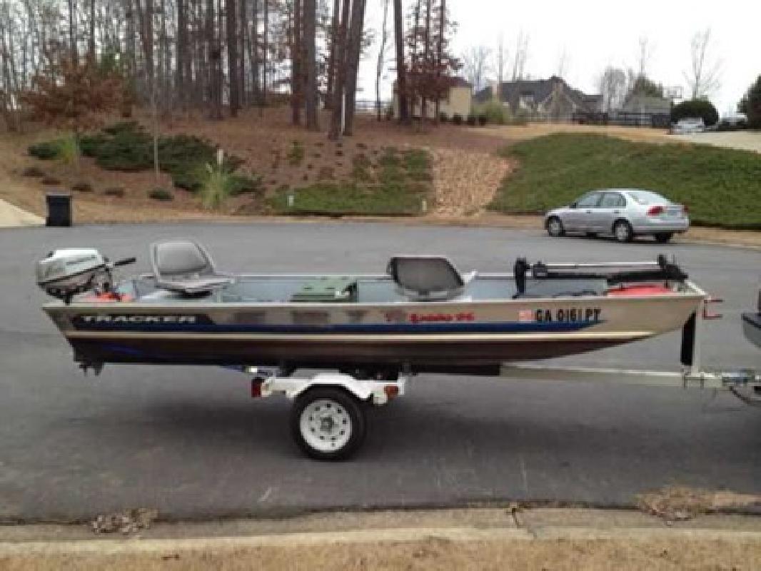 $1,450 Tracker 14' Tadpole Fishing Boat (Cumming, GA)