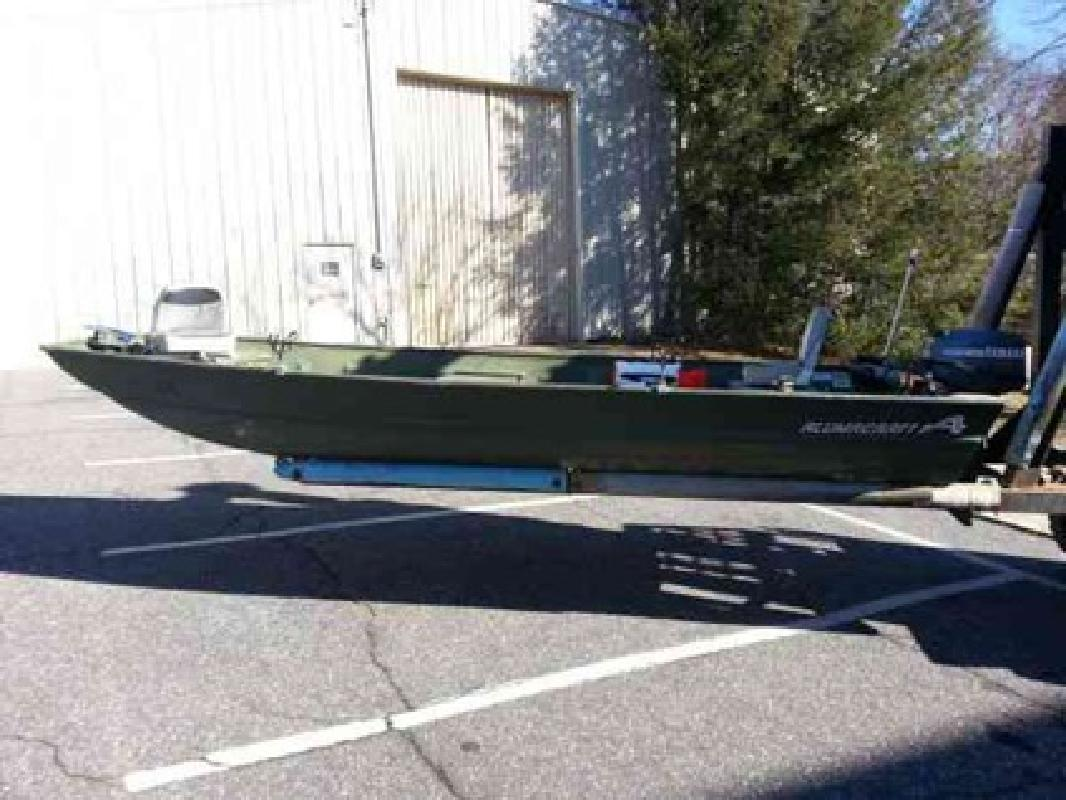 $3,200 1994 Alumacraft 16ft john boat with trailer (Hickory)