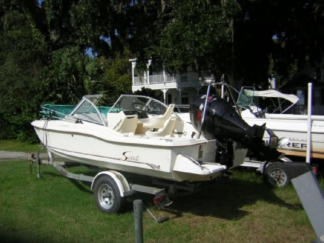 1996 17' Scout Boats 172 Dorado