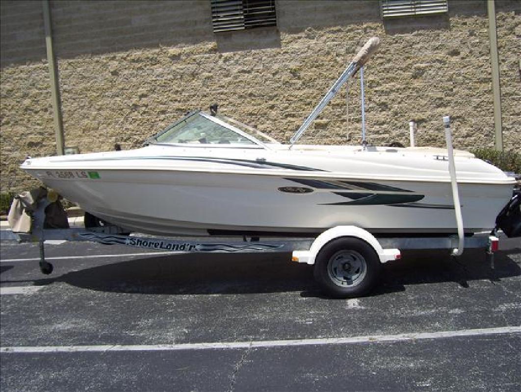 2001 18' Sea Ray Sport Boats 180 Bow Rider in Orlando, Florida