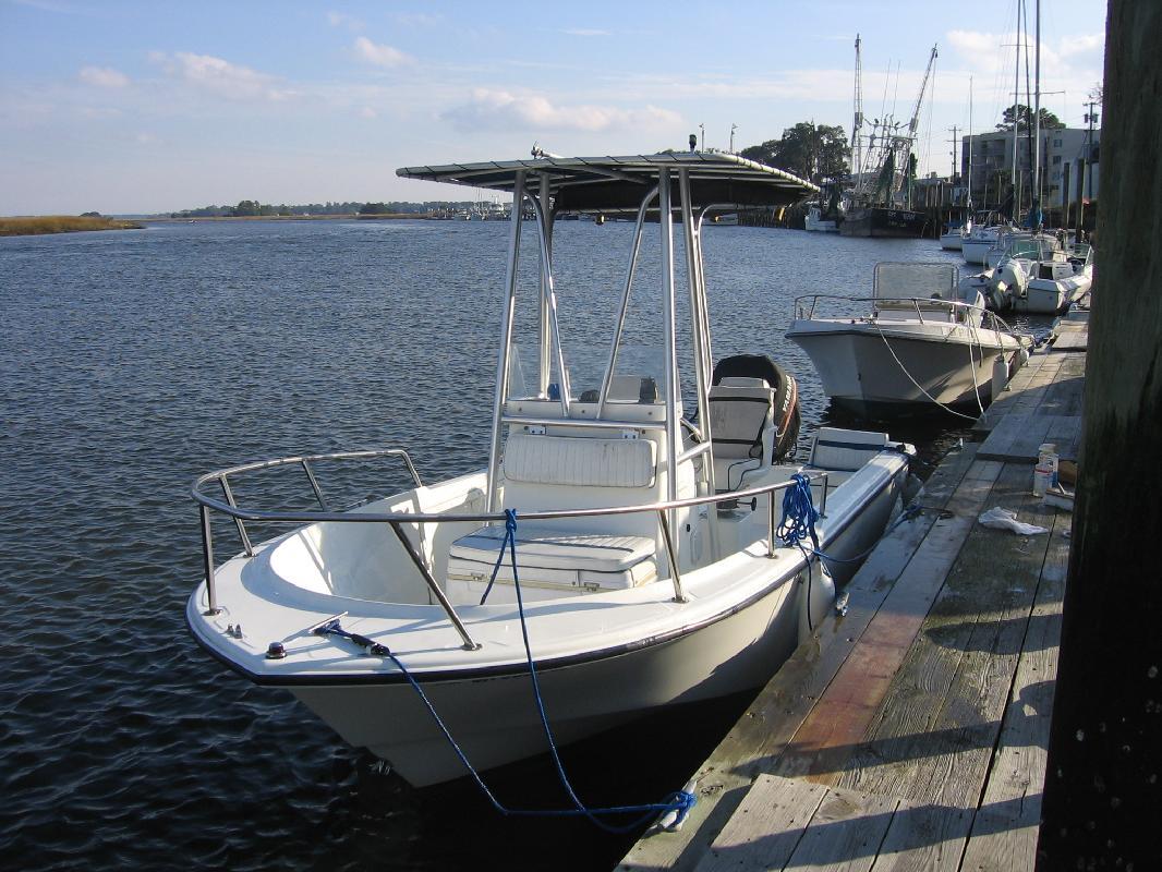 1999 18' Edgewater Power Boats 185 CC in Savannah, Georgia