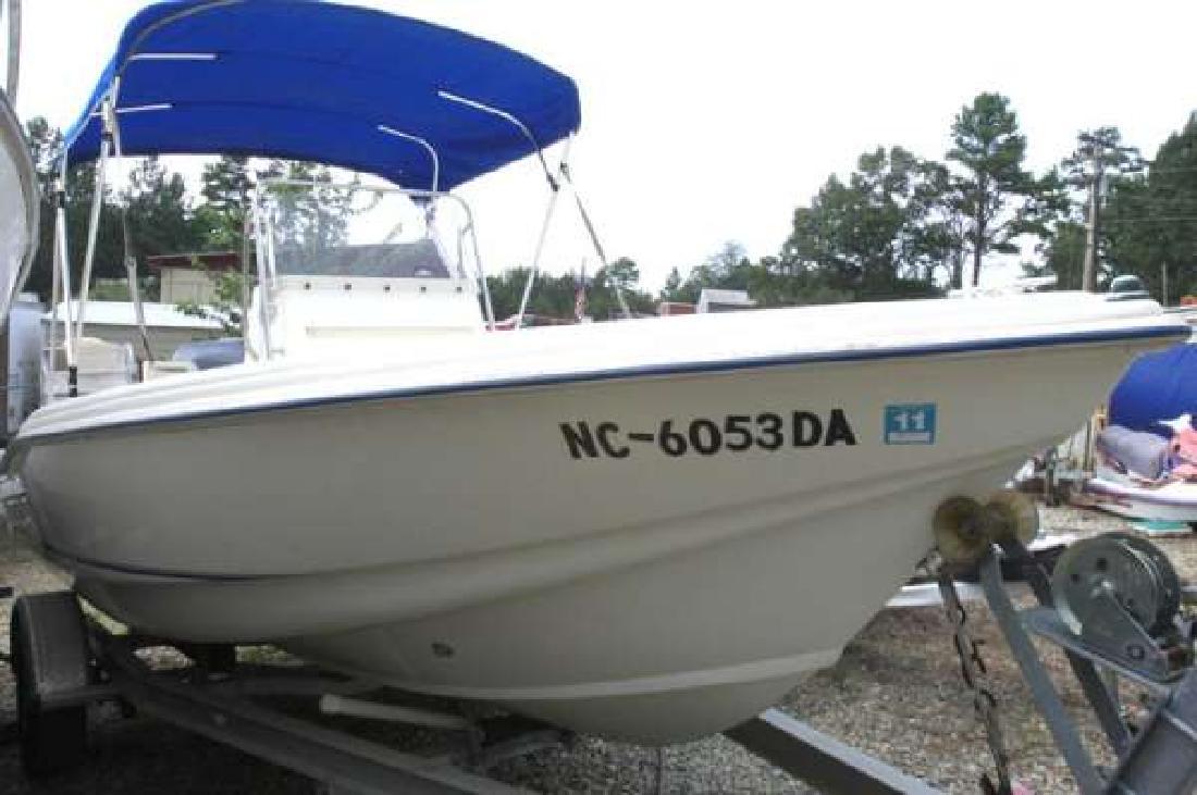 2000 18' Scout Boats 185 Sportfish in Dawsonville, Georgia