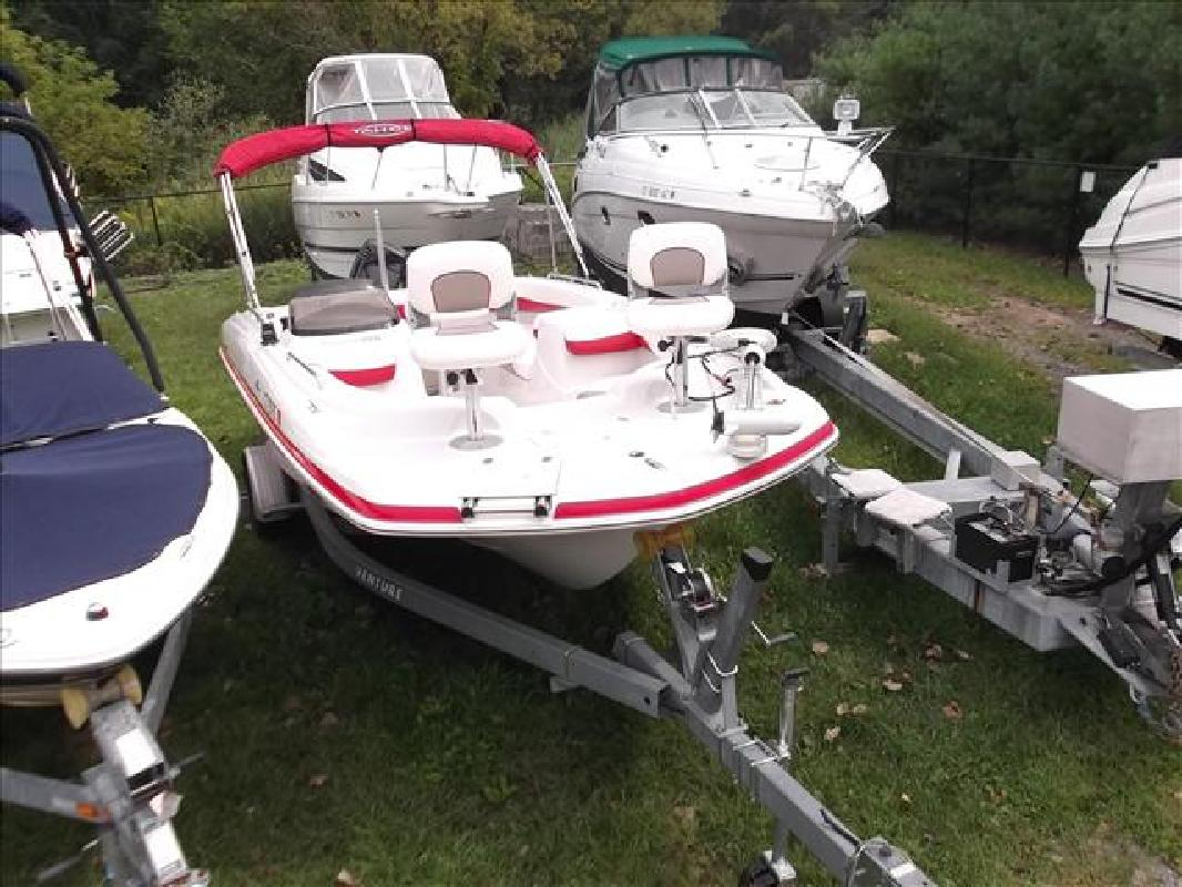 2006 19' Tahoe Deck Boats 195 OB for sale in New Milford