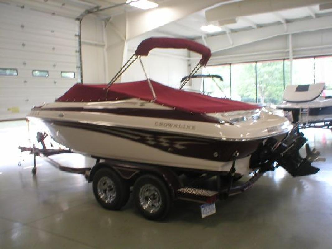 2004 20 Crownline Boats 202 Br For Sale In Muskegon