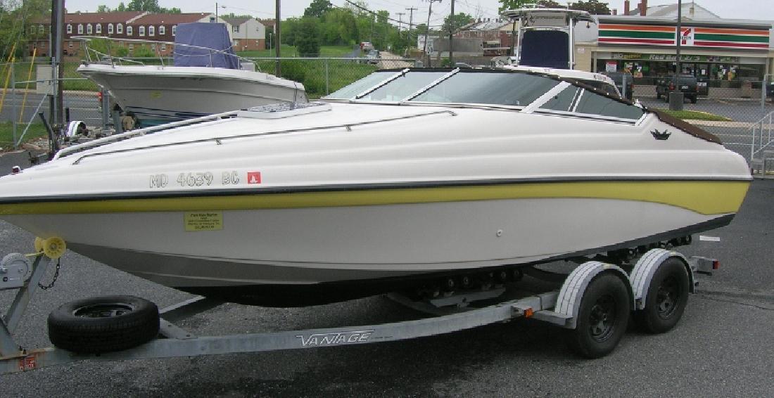 1996 Crownline Boat