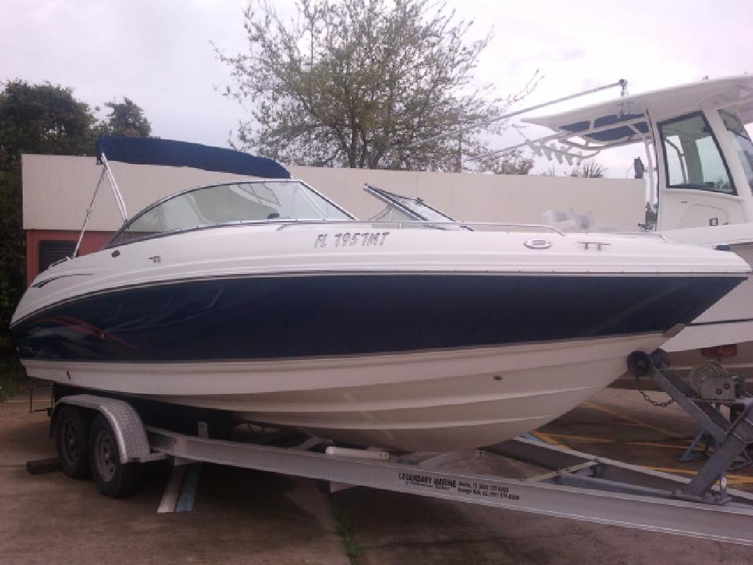 2004 29' Chaparral Boats 230 SPORT