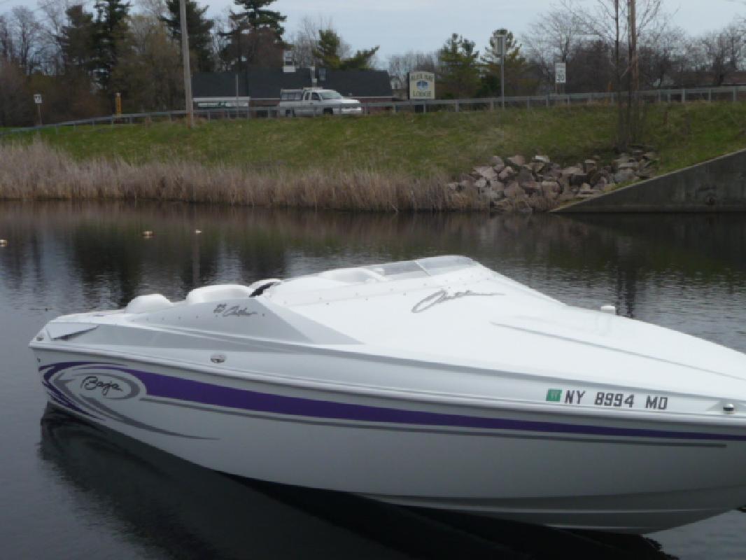 2006 23' Baja Performance Boats 23 Outlaw