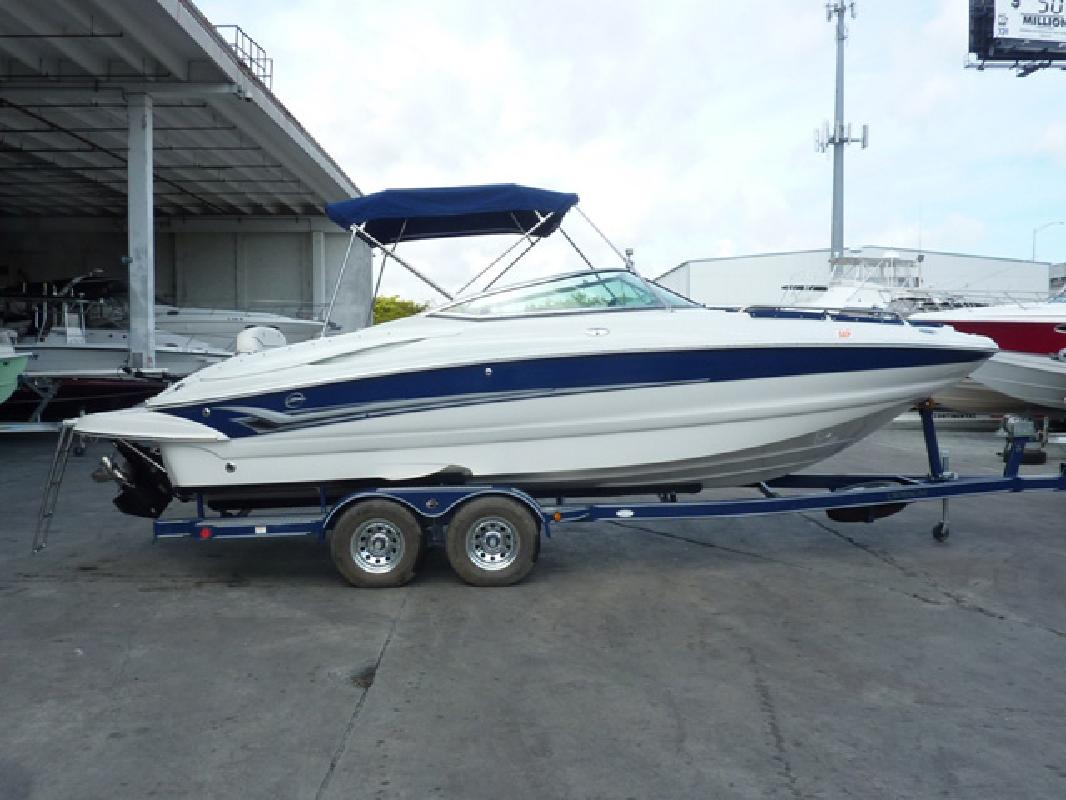2004 24' Crownline Boats 240 Express in Fort Lauderdale, Florida