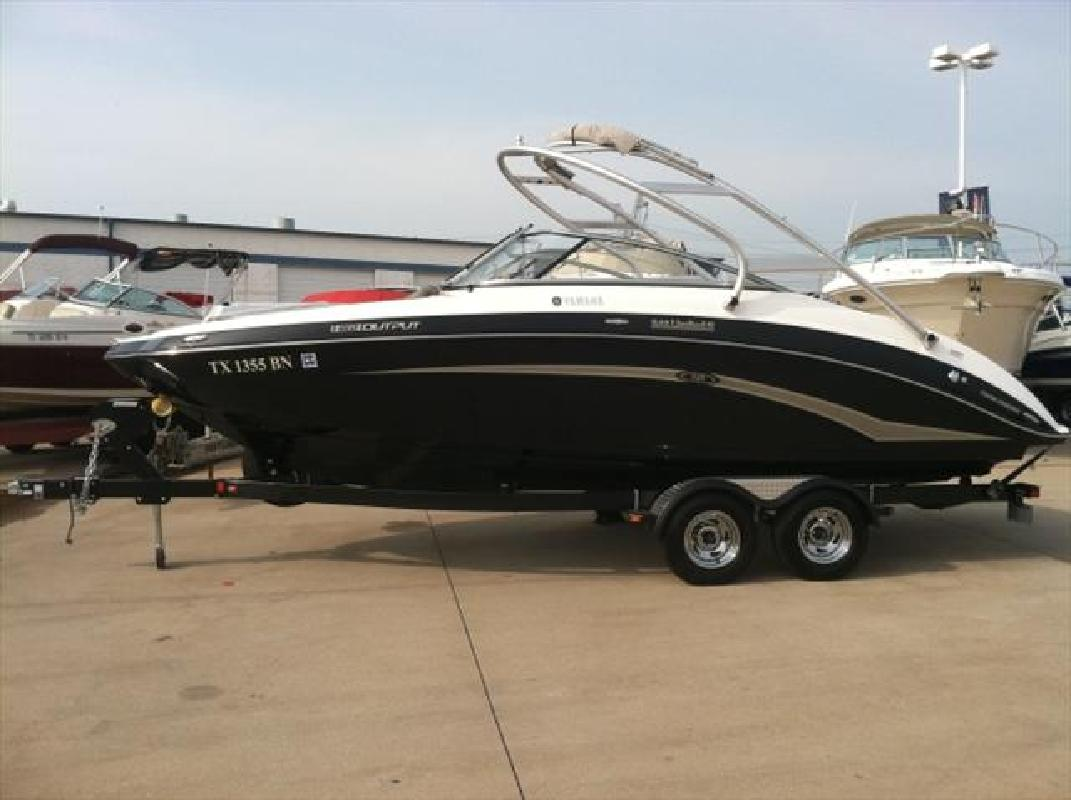 2012 24 39 yamaha sport boats 242 limited for sale in for Yamaha 24 boat