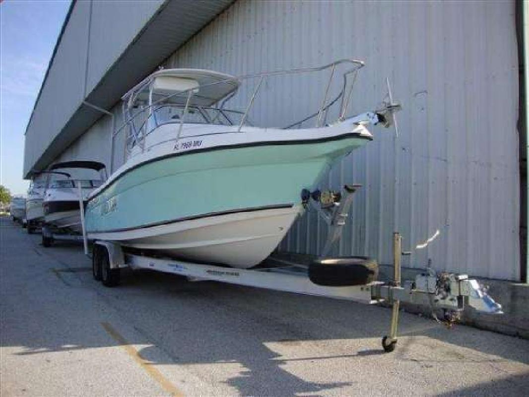 2004 26' Century Boats 2600 WA in Fort Lauderdale, Florida