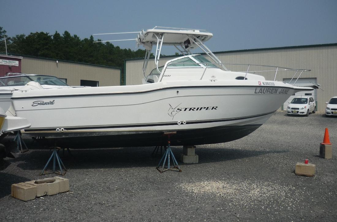 2001 26' Sea Swirl Boats 2601 Striper WA
