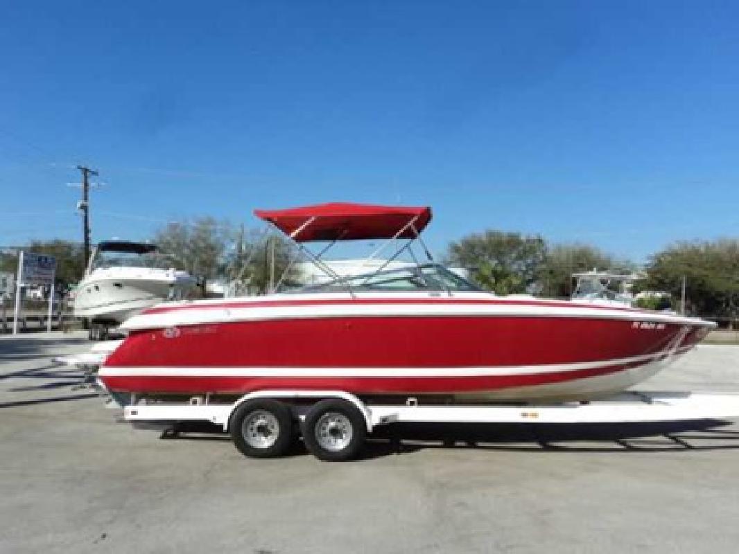 $37,995 2005 Cobalt Boats 262