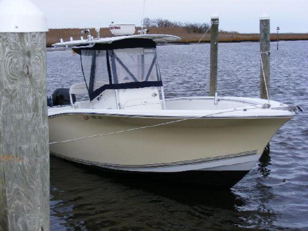 2006 27' Sea Pro Boats 270 Center Console