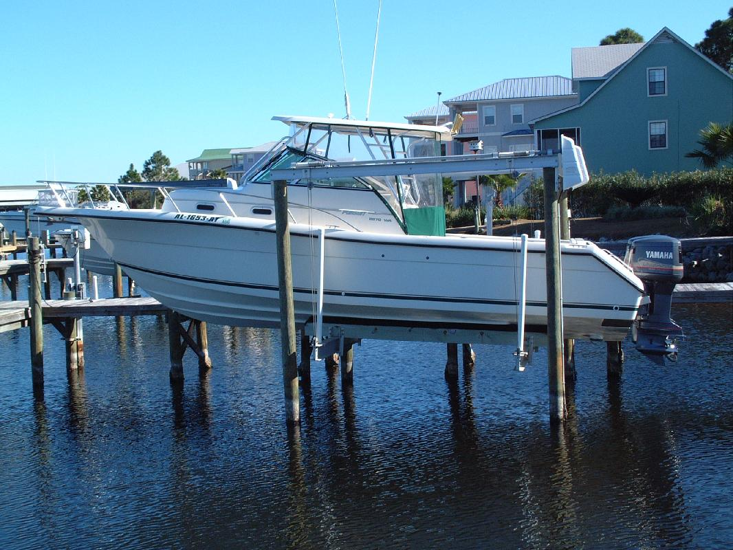 2001 28' Pursuit Boats 2870