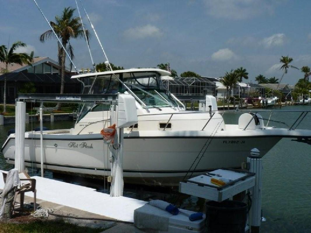 1996 30' Pursuit Boats 2870 Walkaround