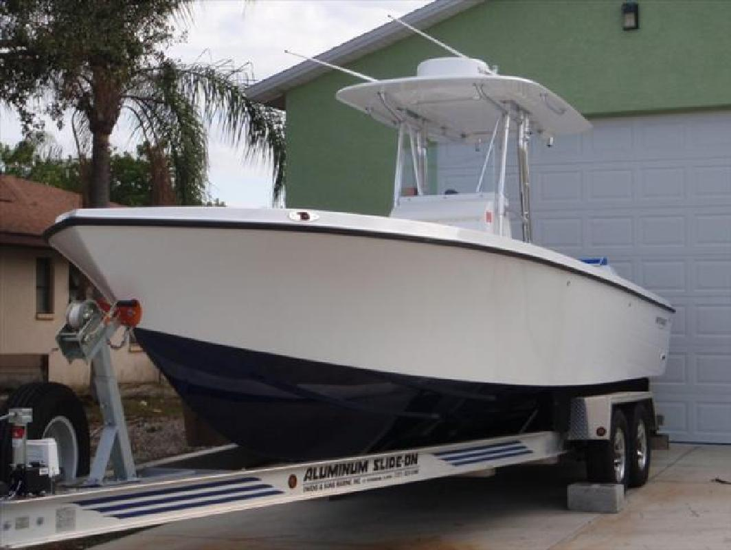 2011 28' Whitewater Boats 28 Openfish